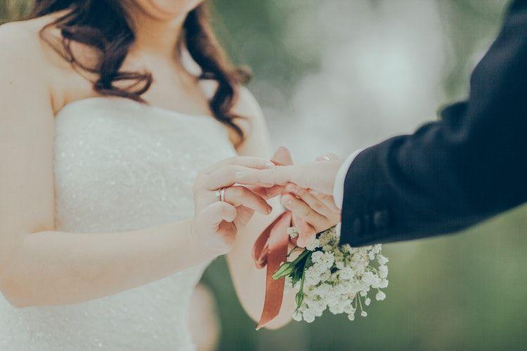 Cererea in casatorie a facut-o burta mea imensa