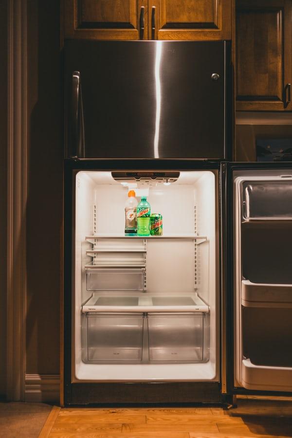 frigider cu usi reversibile